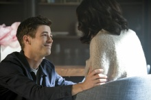"""The Flash -- """"Luck Be a Lady"""" -- Image Number: FLA403a_0025b.jpg -- Pictured (L-R): Grant Gustin as Barry Allen and Candice Patton as Iris West -- Photo: Robert Falconer/The CW -- © 2017 The CW Network, LLC. All rights reserved."""