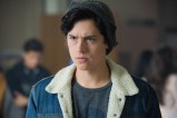 """Riverdale -- """"A Kiss Before Dying"""" -- Image Number: RVD201b_0082.jpg -- Pictured: Cole Sprouse as Jughead Jones -- Photo: Dean Buscher/The CW -- © 2017 The CW Network. All Rights Reserved"""